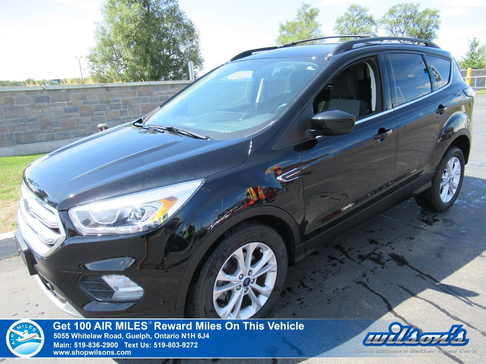 Certified Pre-Owned 2017 Ford Escape SE - Low KM!! Navigation, Rear Camera, Bluetooth, Heated Power Seat and more!