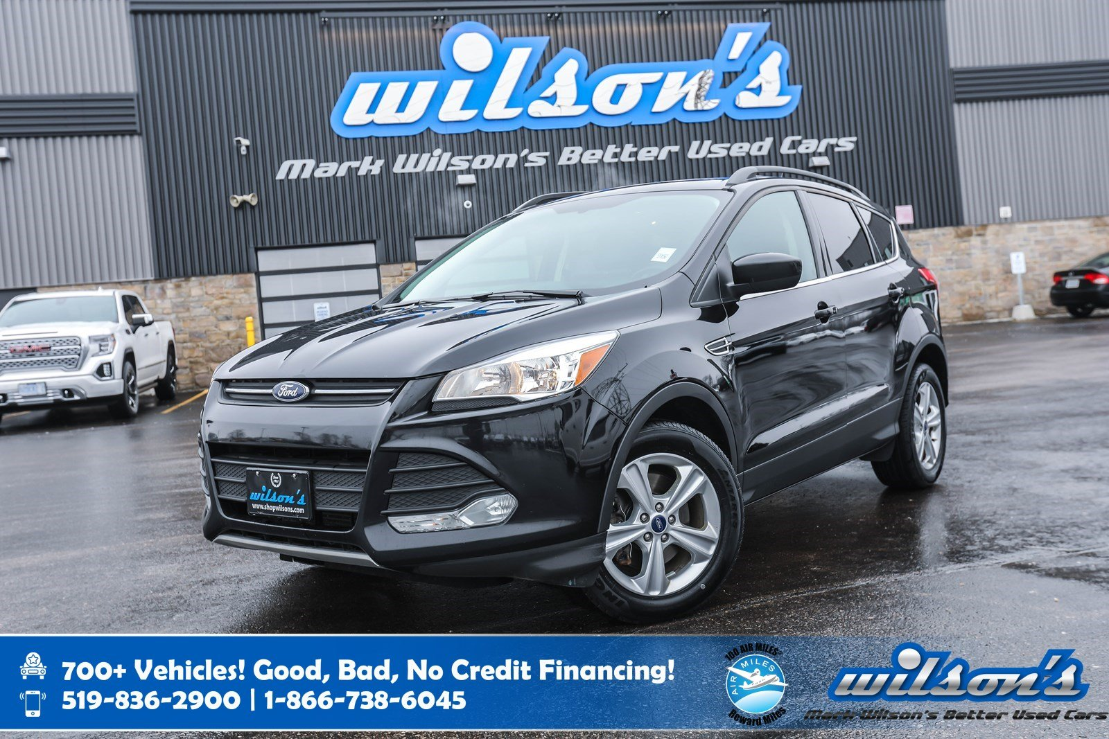 Certified Pre-Owned 2016 Ford Escape SE 4x4, Leather, Navigation, Sunroof, Power Liftgate, New Tires, Power Seat and more!
