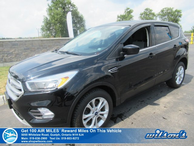 Certified Pre-Owned 2017 Ford Escape SE AWD - Bluetooth, Rear Camera, Cruise Control, Alloy Wheels, Power Package and more!