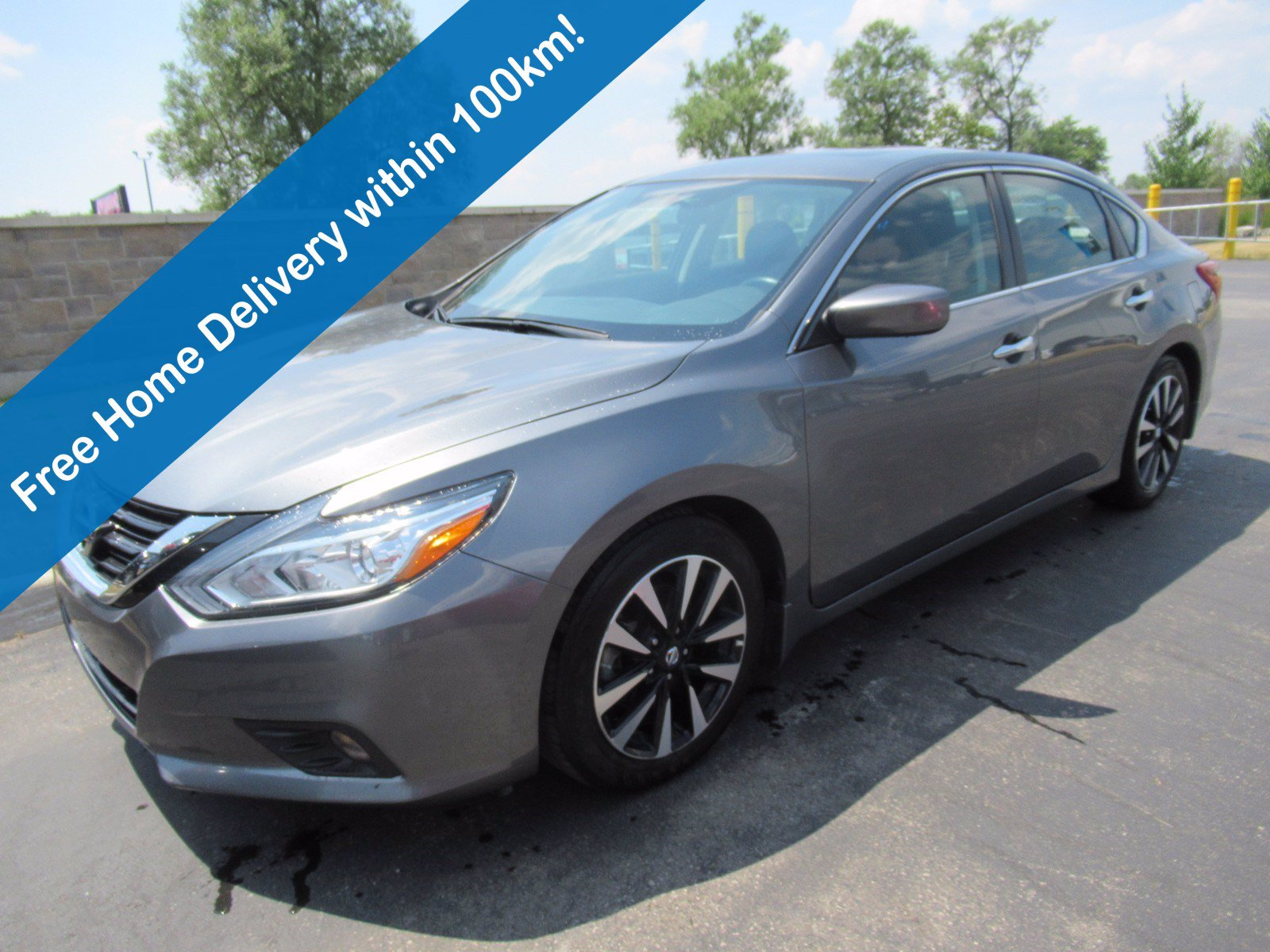 Certified Pre-Owned 2018 Nissan Altima 2.5 SV, Sunroof, Rear Camera, Bluetooth, Heated Seats, Alloy Wheels & More!