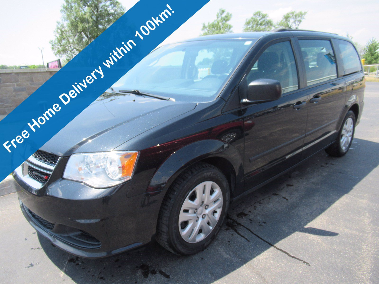 Certified Pre-Owned 2016 Dodge Grand Caravan Canada Value Package, One Owner, Cruise Control, Keyless Entry, Air Conditioning & More!