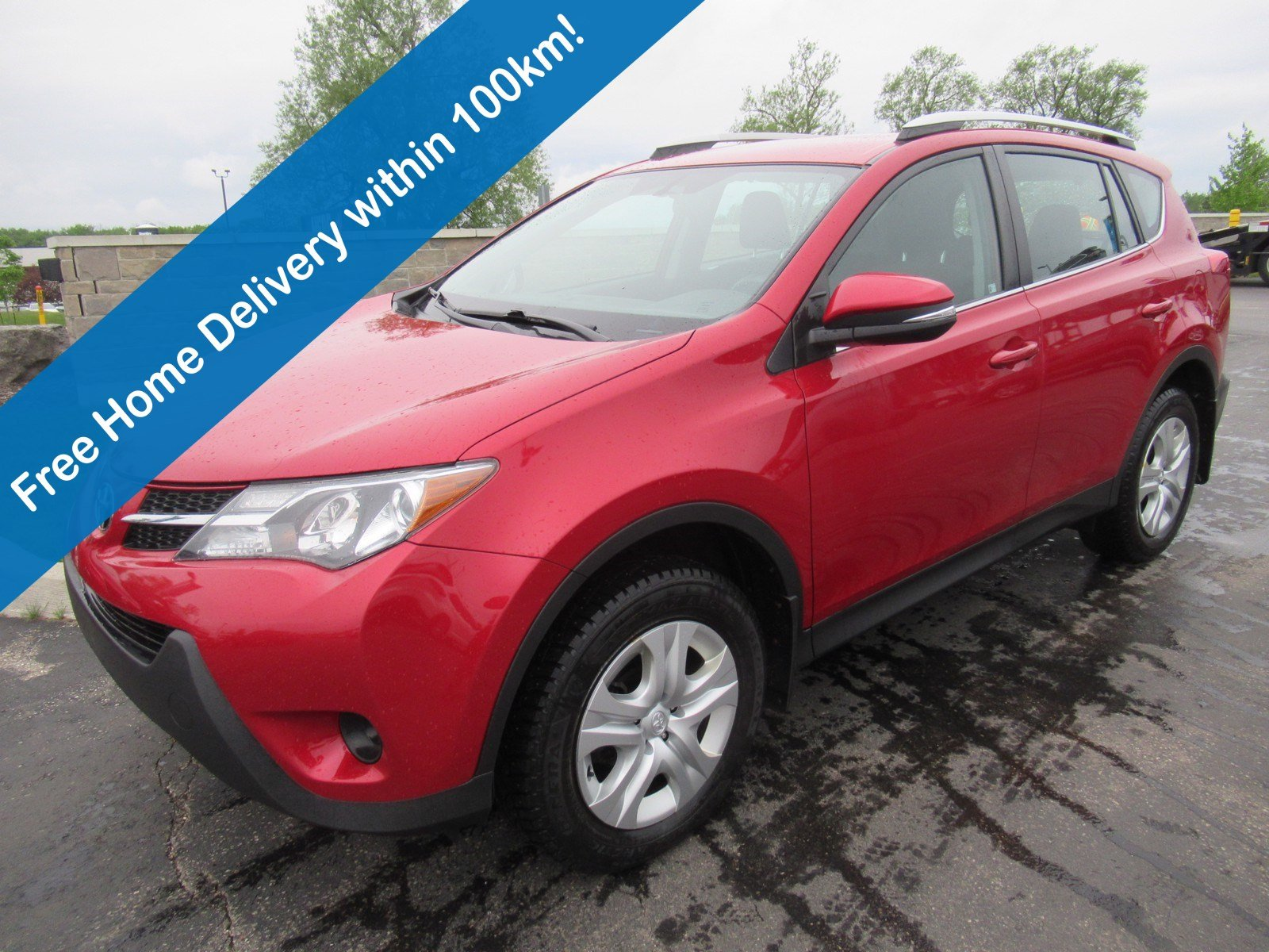 Certified Pre-Owned 2015 Toyota RAV4 LE, Bluetooth, Keyless Entry, Cruise Control, Power Package and more!