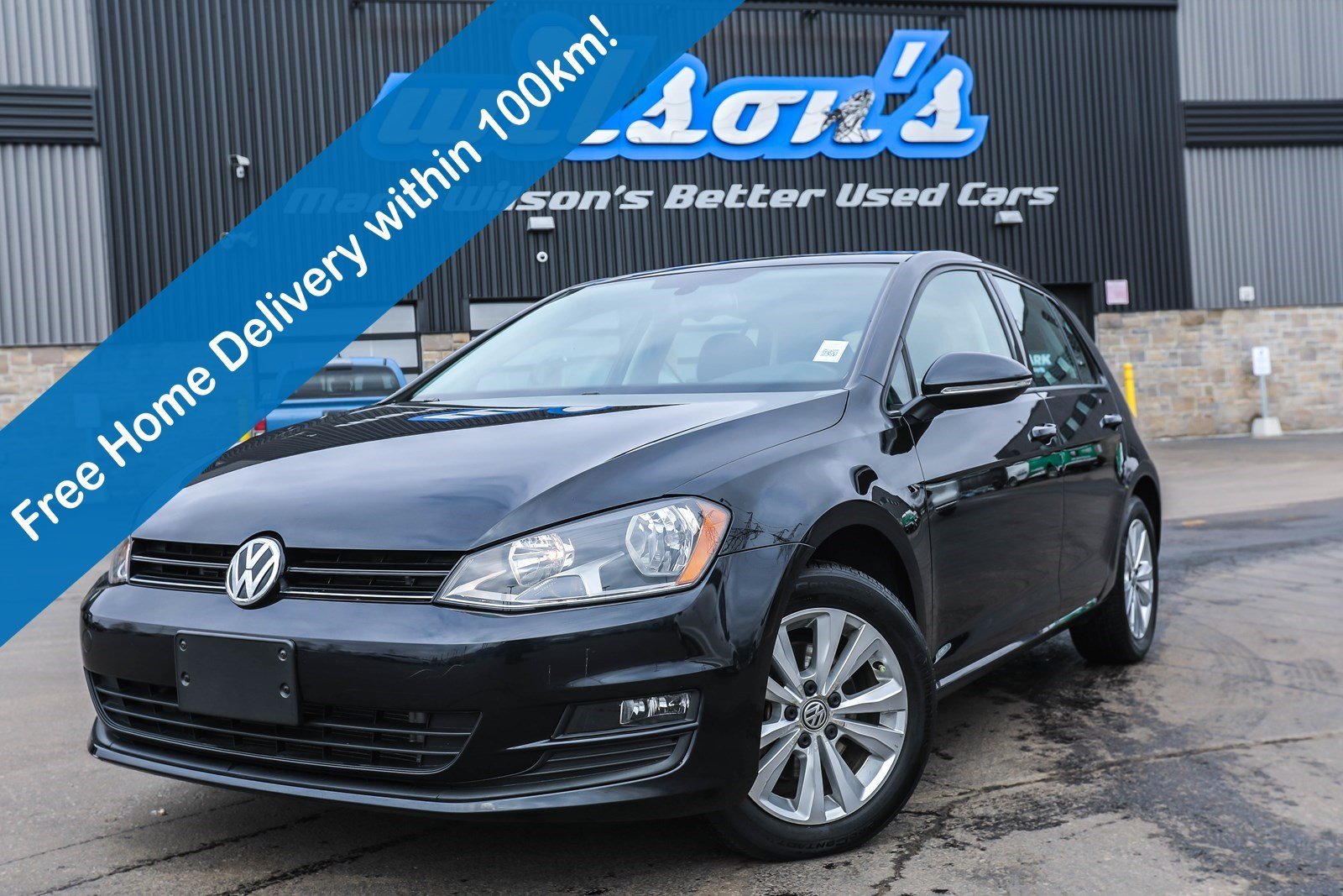 Certified Pre-Owned 2016 Volkswagen Golf Comfortline, Leather, Navigation, Sunroof, New Tires, Heated Seats, Rear Camera, Bluetooth and more!