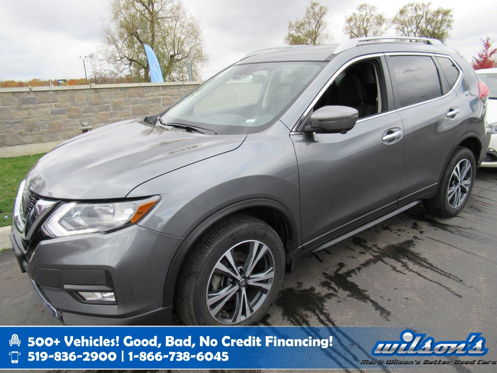 Certified Pre-Owned 2019 Nissan Rogue SV Tech AWD Used, Navigation, Sunroof, Heated Steering, Blind Spot Alert and more!