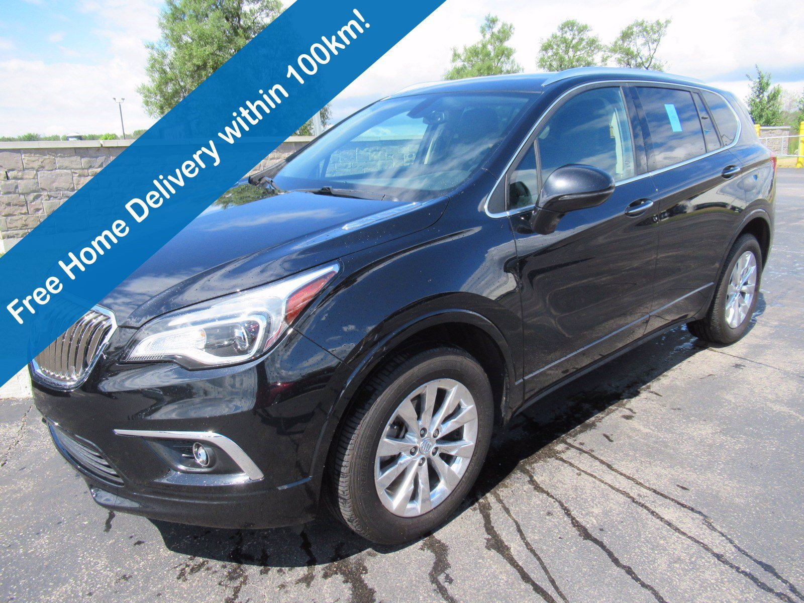 Certified Pre-Owned 2017 Buick Envision Essence AWD, Leather, Reverse Camera+Park Sensors, Heated Seats, Power Liftgate, Alloy Wheels & More