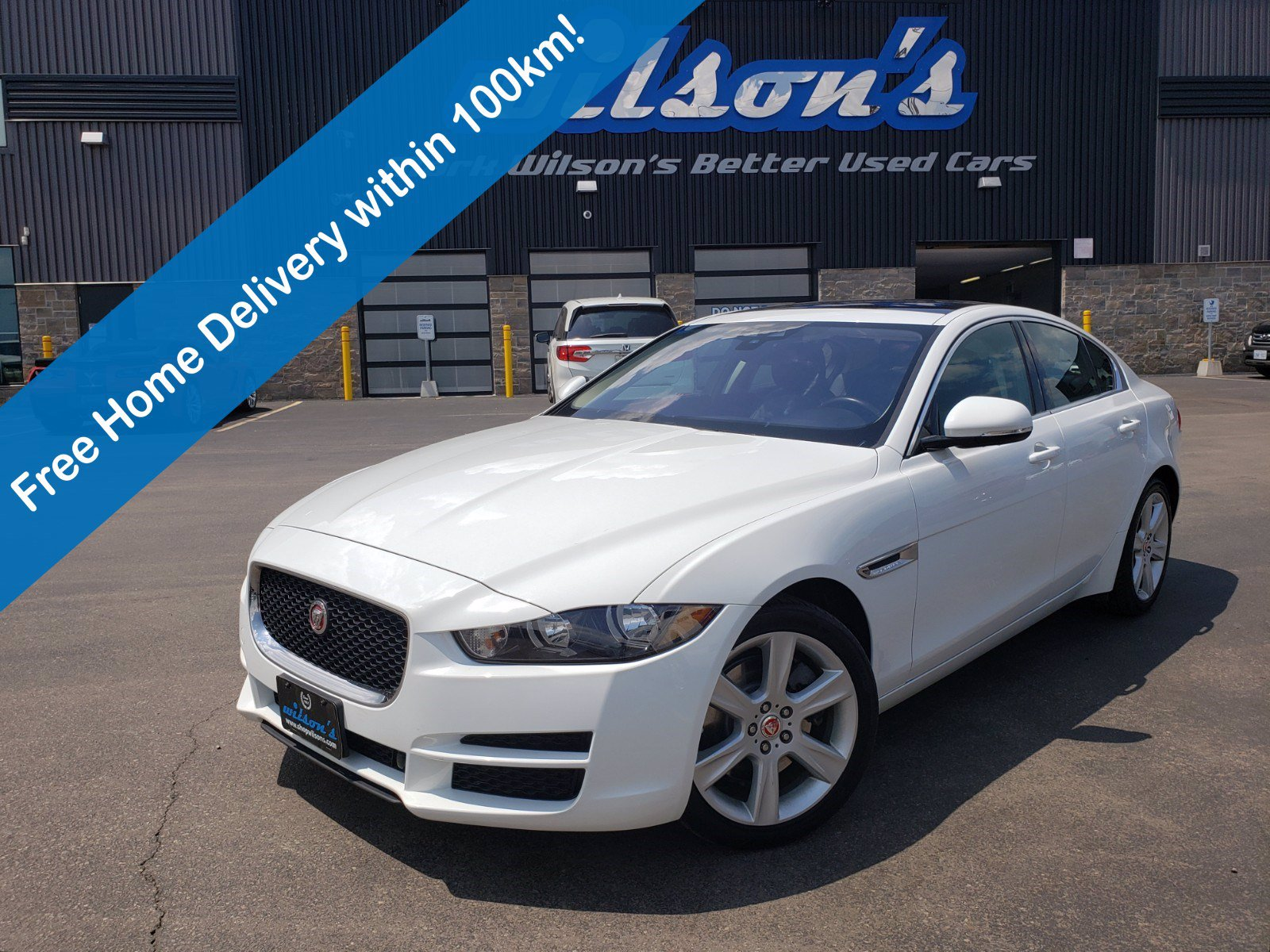 Certified Pre-Owned 2018 Jaguar XE Prestige 25t AWD, Leather, Navigation, Sunroof, Rear Camera, Bluetooth, 18