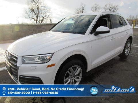 Certified Pre-Owned 2018 Audi Q5 Komfort AWD, Navigation, Leather, Power Liftgate, Heated + Power Seat, 10 Speaker Audio and more!