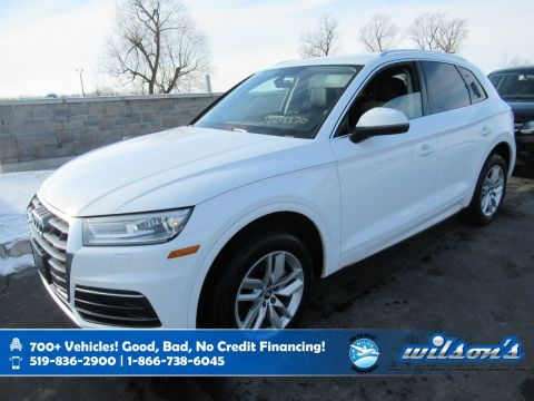 Certified Pre-Owned 2018 Audi Q5 Komfort AWD, Navigation, Leather, Power Liftgate, Power Seat, 10 Speaker Audio, Bluetooth and more!